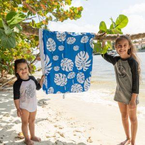 Full Size Sunscreen Towel